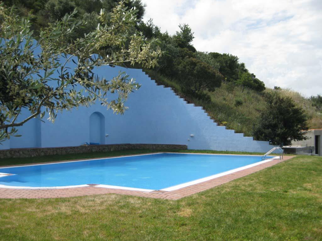 Bikini Bootcamp Sardinien Pool